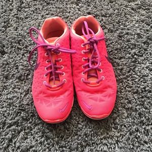 NIKE free Tr fit 4 coral pink